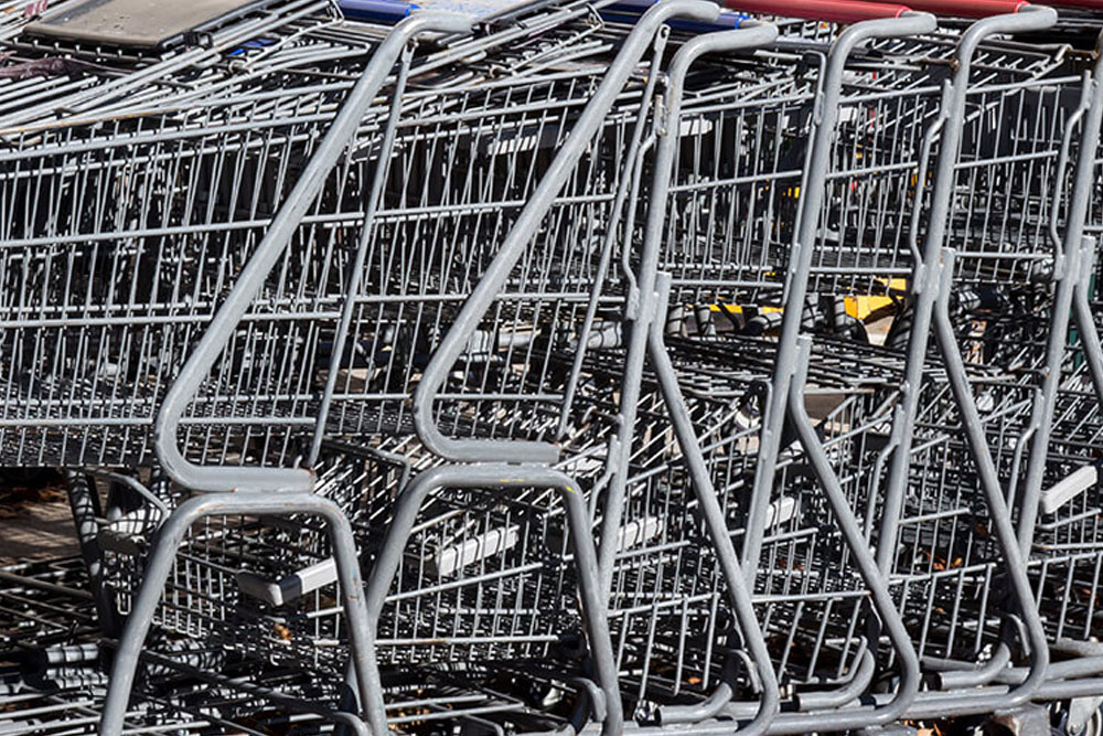 shopping-cart-cleaning-surprise